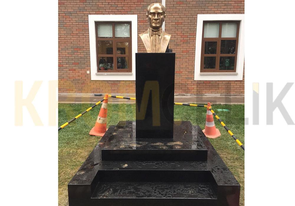 Atatürk Büstü 04
