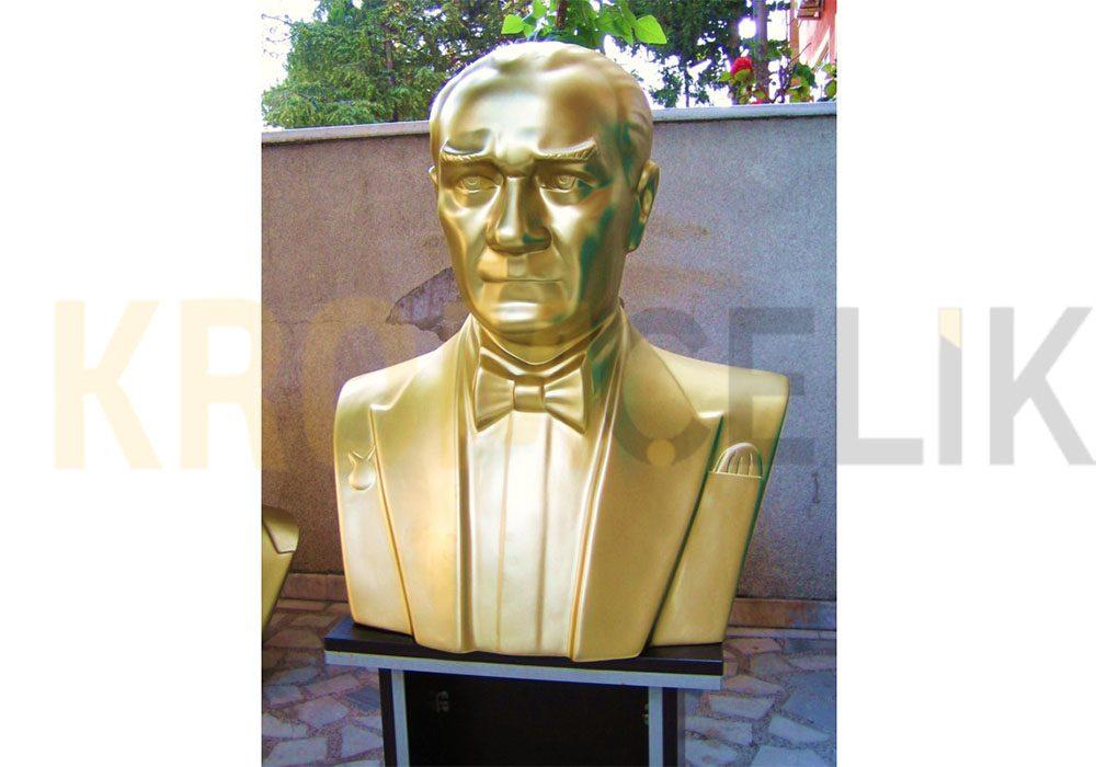 Atatürk Büstü Kaidesi 14
