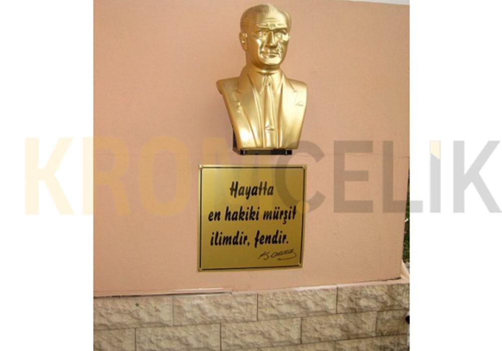 Atatürk Büstü Kaidesi 15